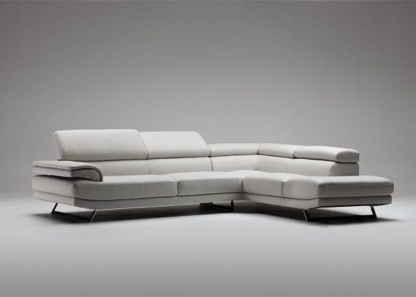 Divani modelli in esposizione b v divani for Divani b b